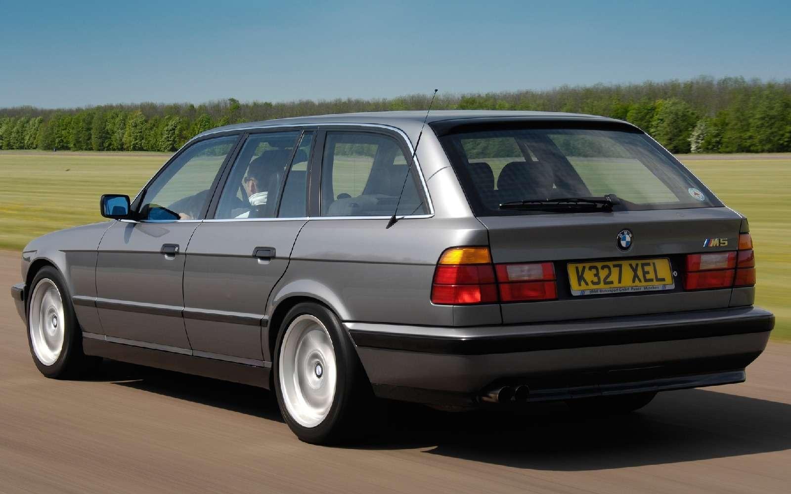 BMWM5не прощается, ноговорит досвидания— фото 611091