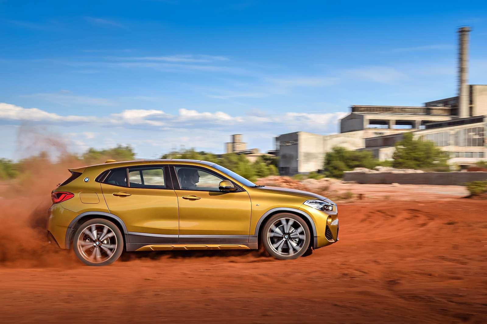 BMWрассекретила российские цены накроссовер X2— фото 809835