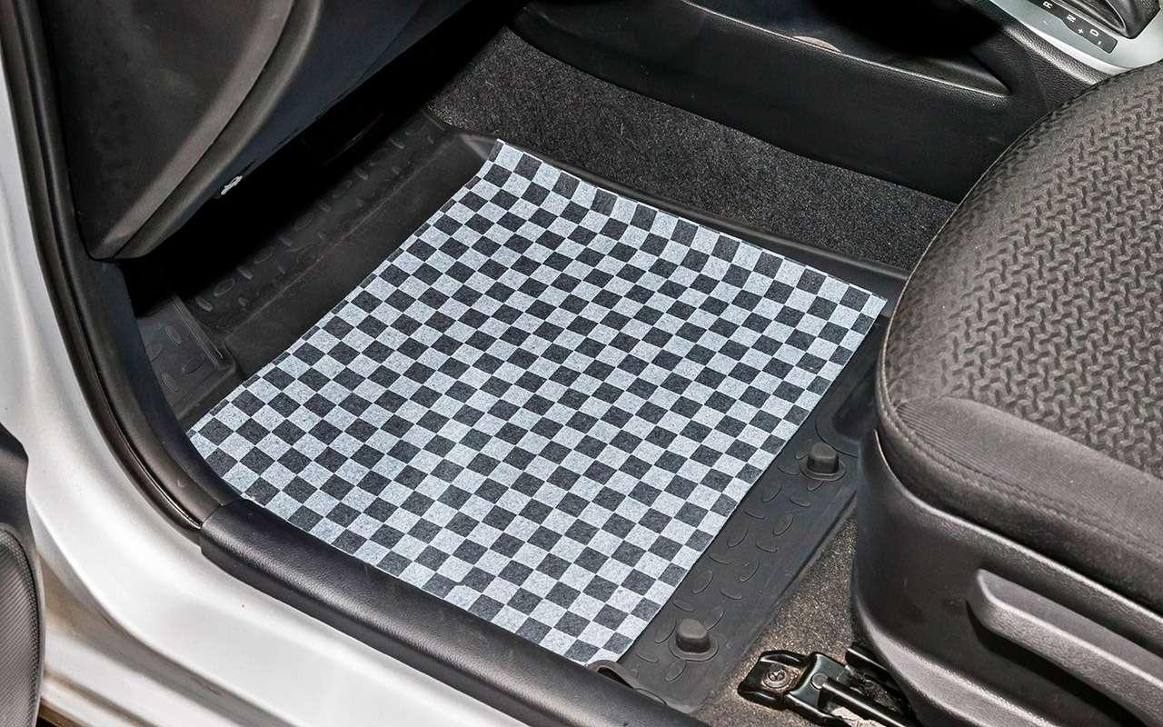Выбираем коврики дляавтомобиля— тест 10комплектов— фото 827634
