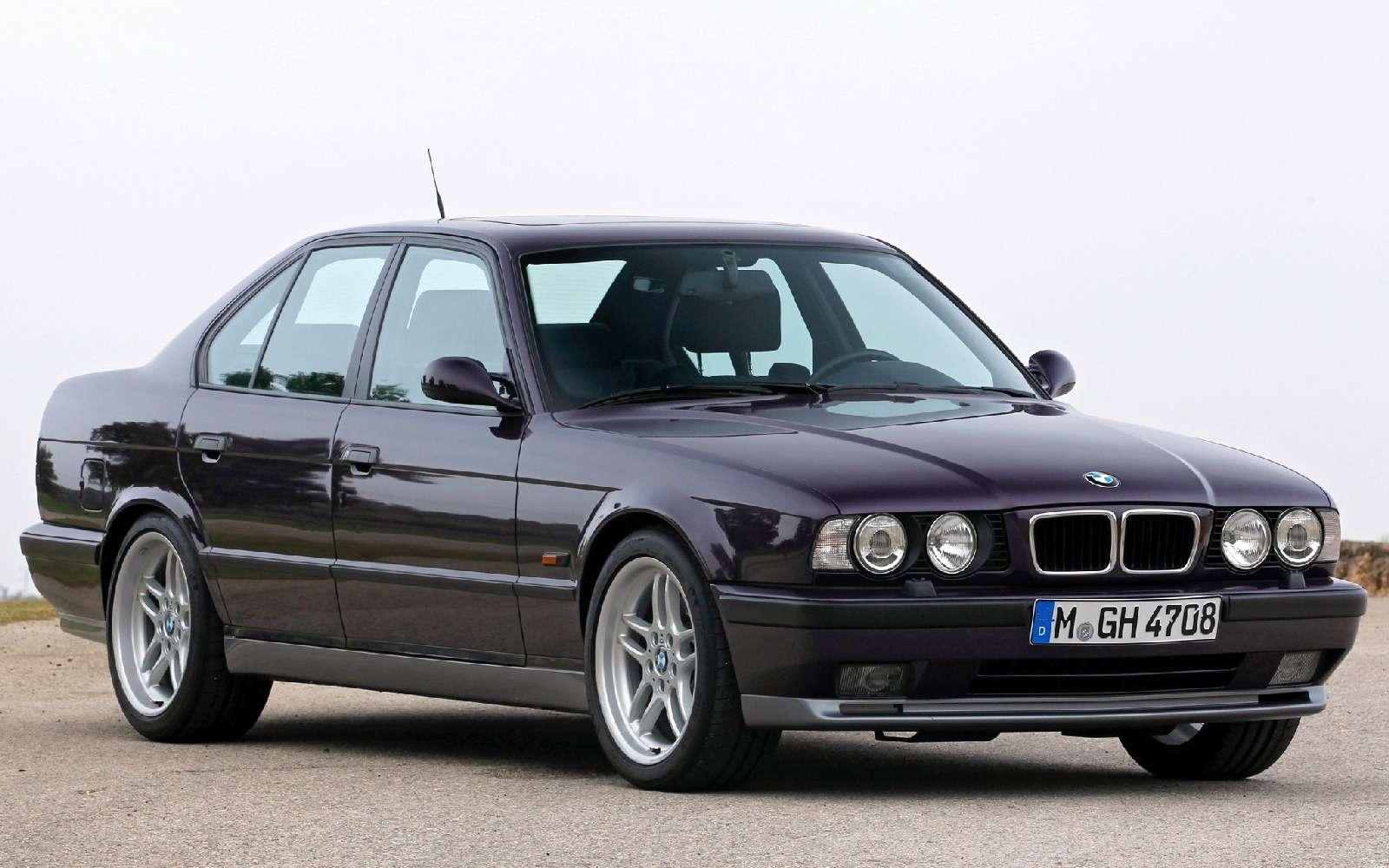 BMWM5не прощается, ноговорит досвидания— фото 611110
