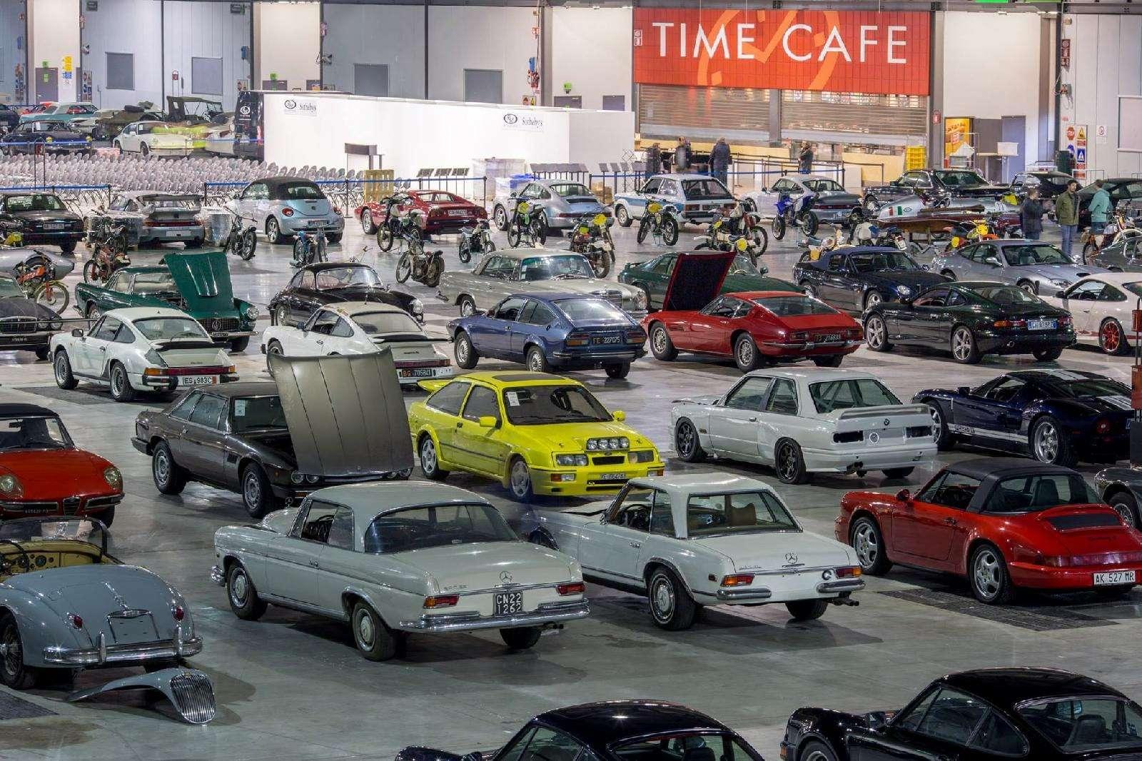 Конфискованная уохранника гигантская автоколлекция продана нааукционе— фото 671897