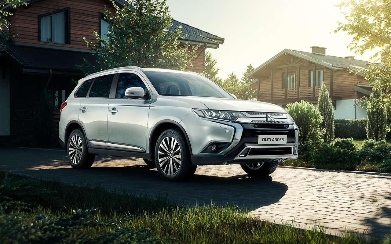 Mitsubishi Outlander иPajero Sport «взяли наборт» Яндекс.Авто— фото 1087065