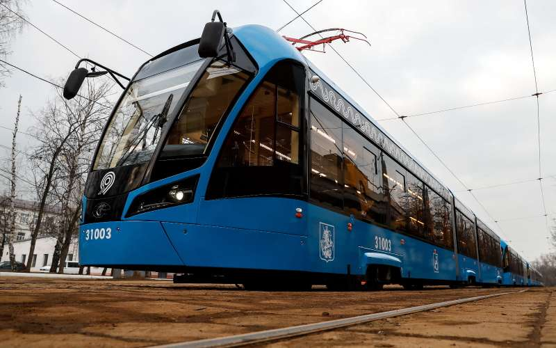 Общественный транспорт Москвы перейдет на«зеленую волну» в2018 году
