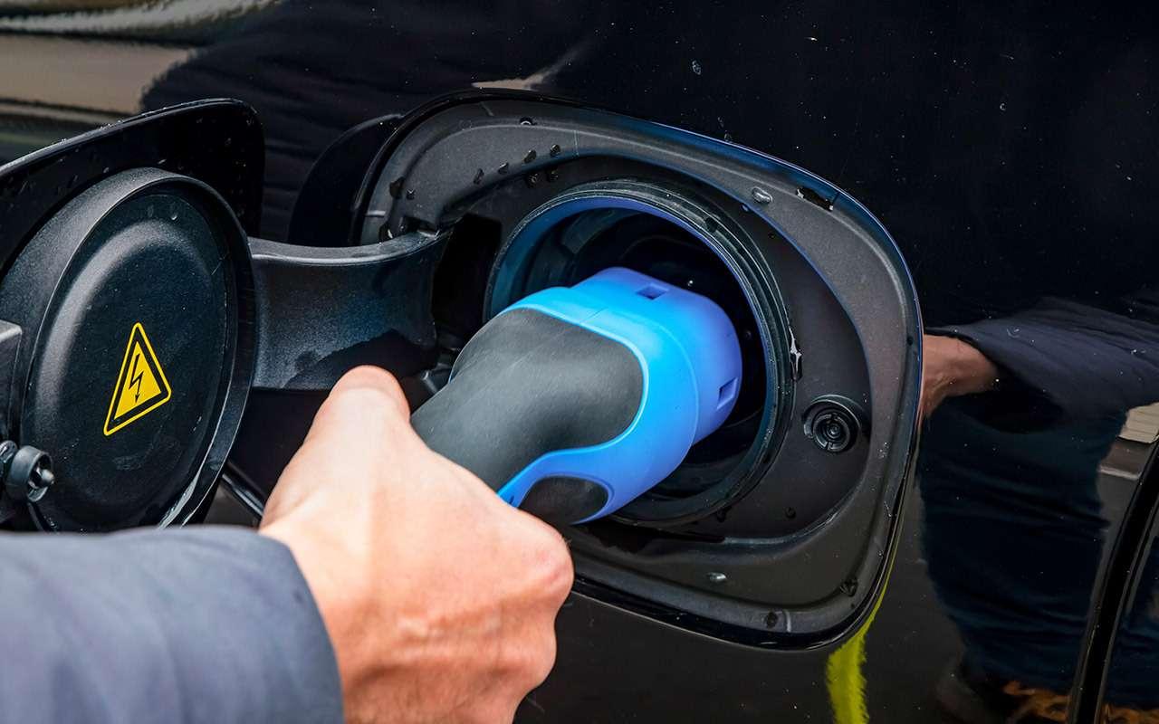 Самый быстрый Volvo: гибридный тест-драйв— фото 1120182