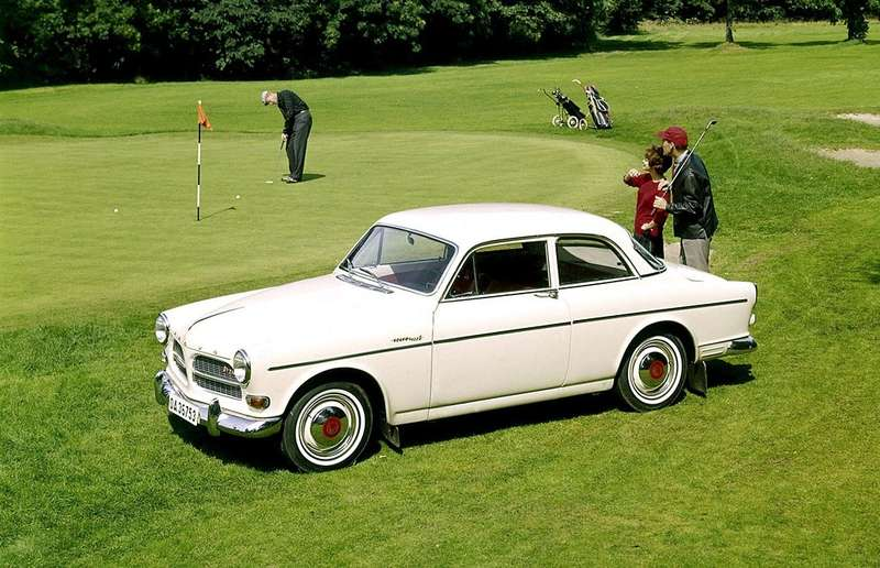 1956-Volvo-P120-Amazon