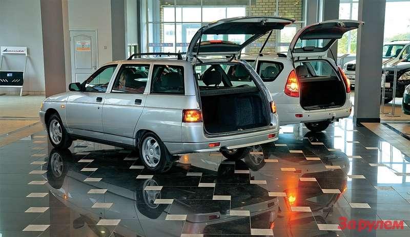Объем багажного отсека «Богдана»— 450л, у«Приоры»— 444л. Значит, старая модель дарит вам 6л бесплатно. Пустячок, априятно.
