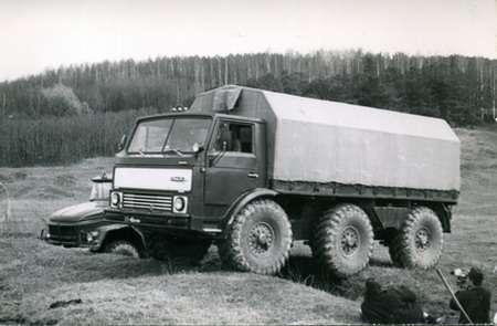 ЗИЛ, который попроходимости делал гусеничные тракторы— фото 1207822