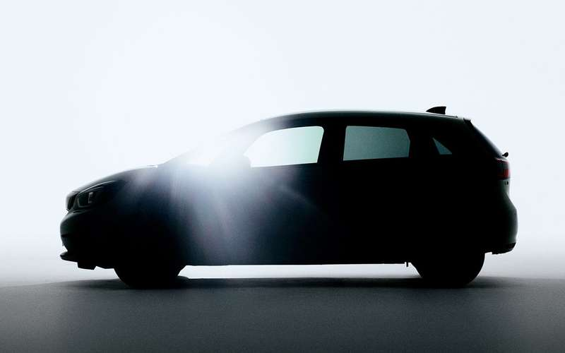 Появилось первое изображение нового хэтчбека Honda Jazz