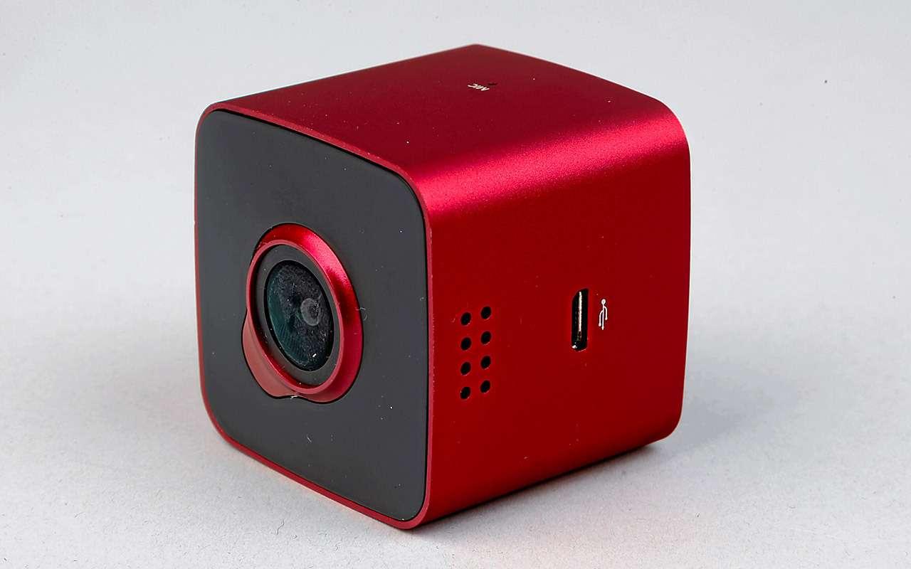 Самые дешевые видеорегистраторы: выбираем лучший— фото 932545