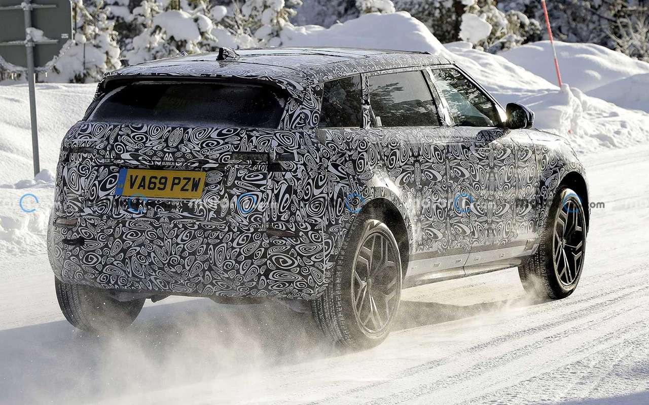 7-местный Range Rover Evoque тестируют уПолярного круга— фото 1222955
