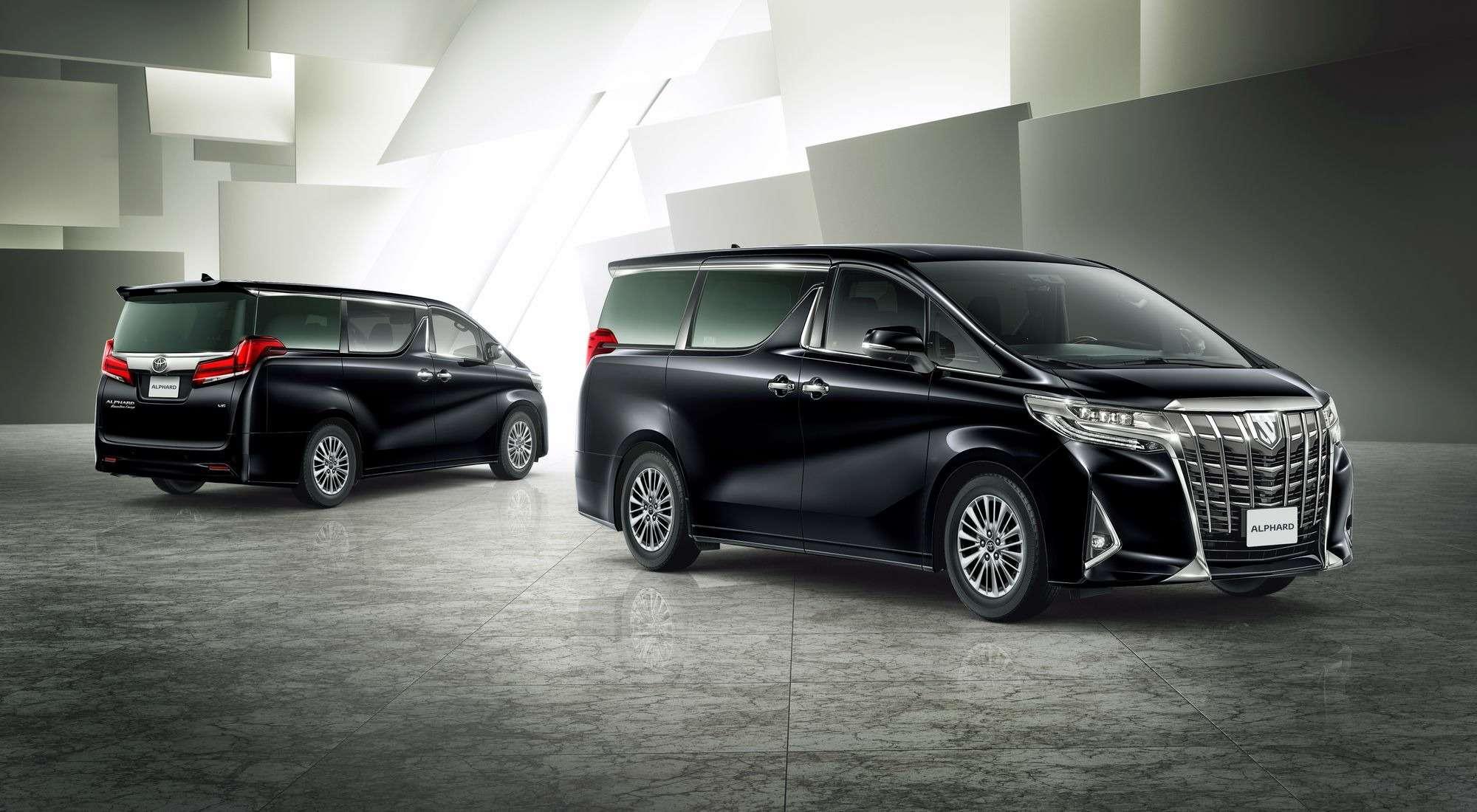 Обновленный Toyota Alphard вРоссии: немного мощнее изаметно дороже— фото 847014
