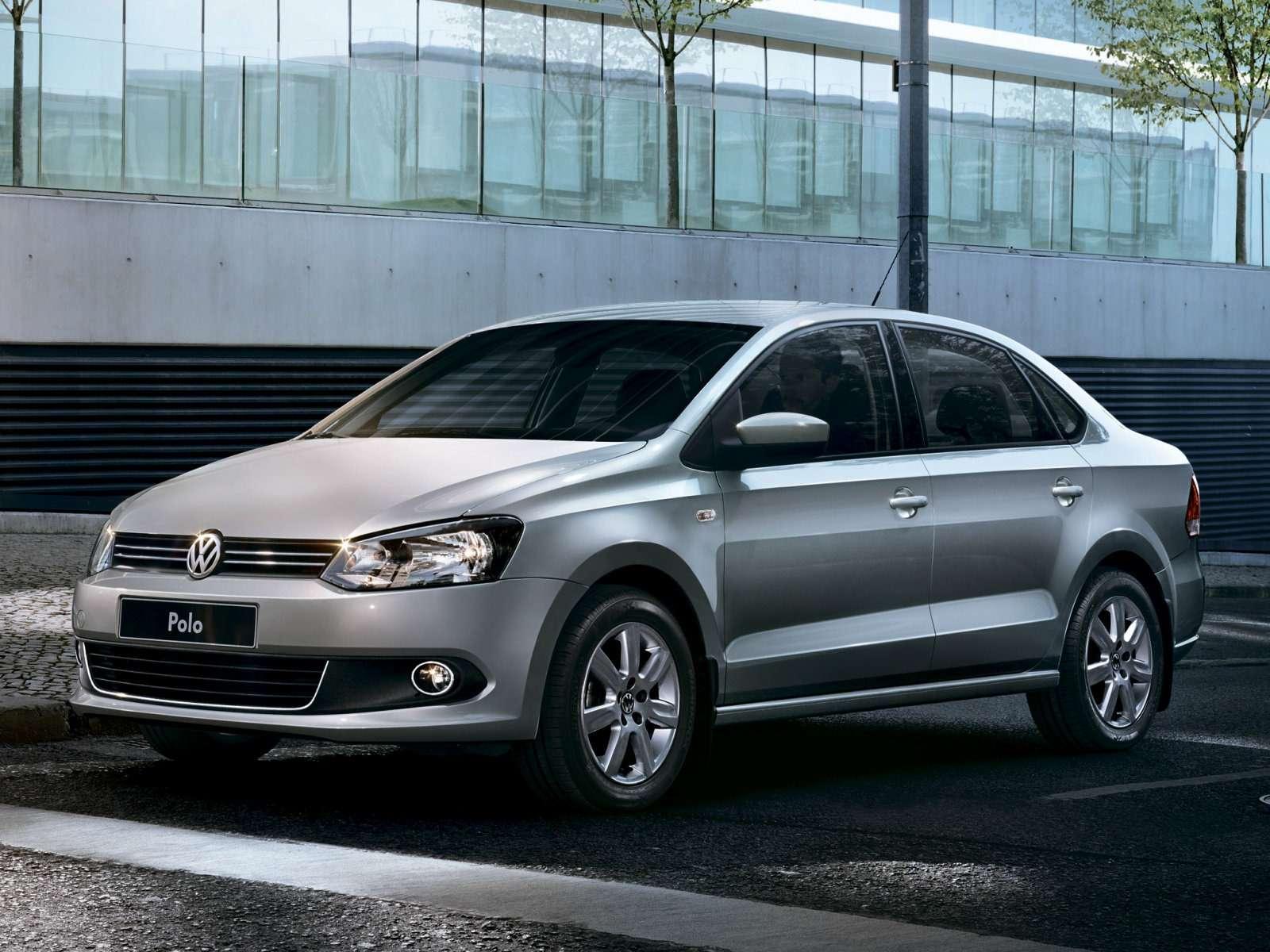 Volkswagen_Polo_Sedan_2010