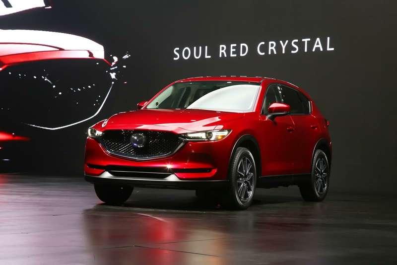 Новая Mazda CX-5 встала наконвейер