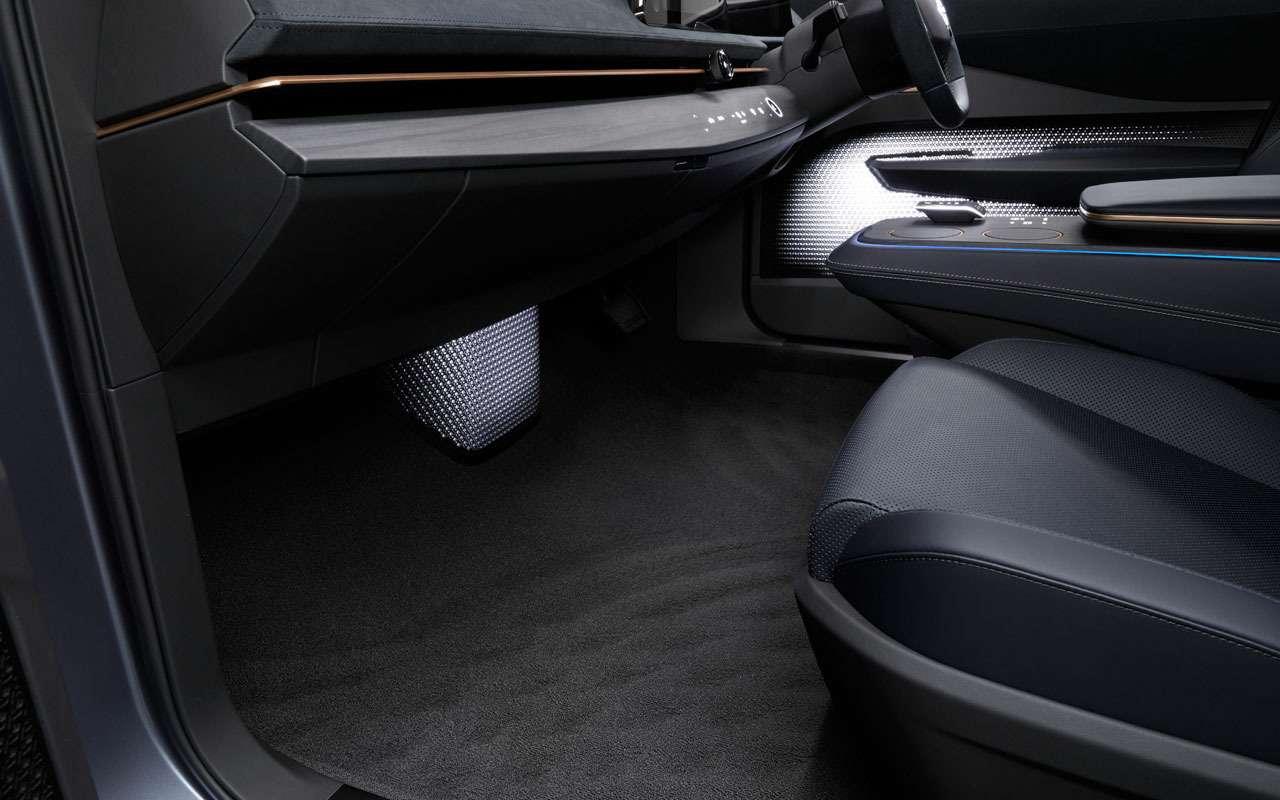 Новый кроссовер Nissan Ariya— скоро впродаже— фото 1004167