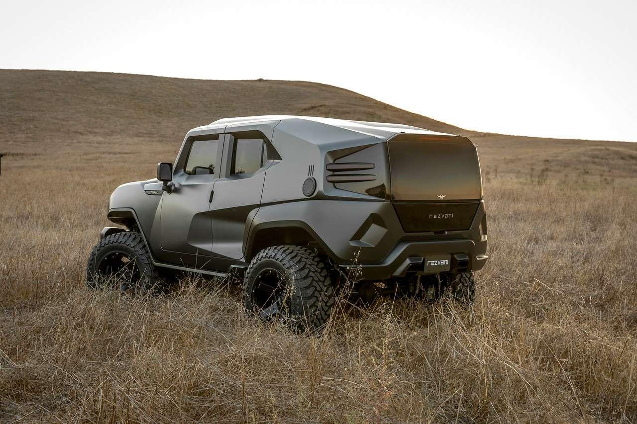 Внедорожник дляапокалипсиса— Tank за178500 долларов (это без брони)— фото 801460