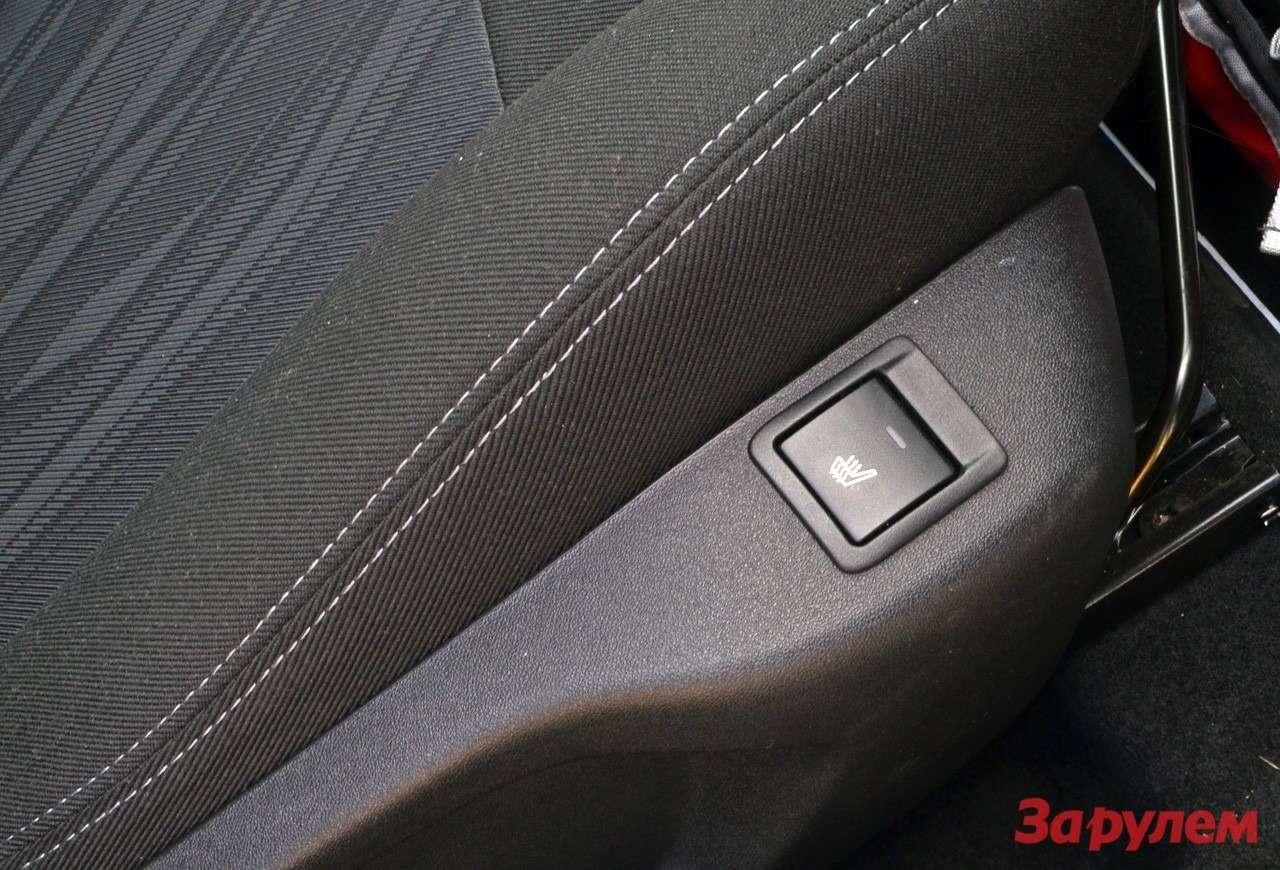 Кнопка подогрева сидений