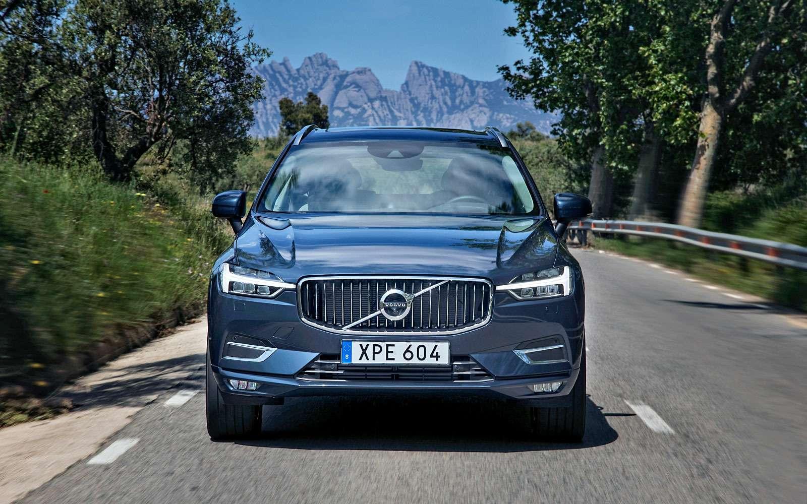 Volvo XC60— чем мощнее двигатель, тем скучнее зарулем?— фото 764247