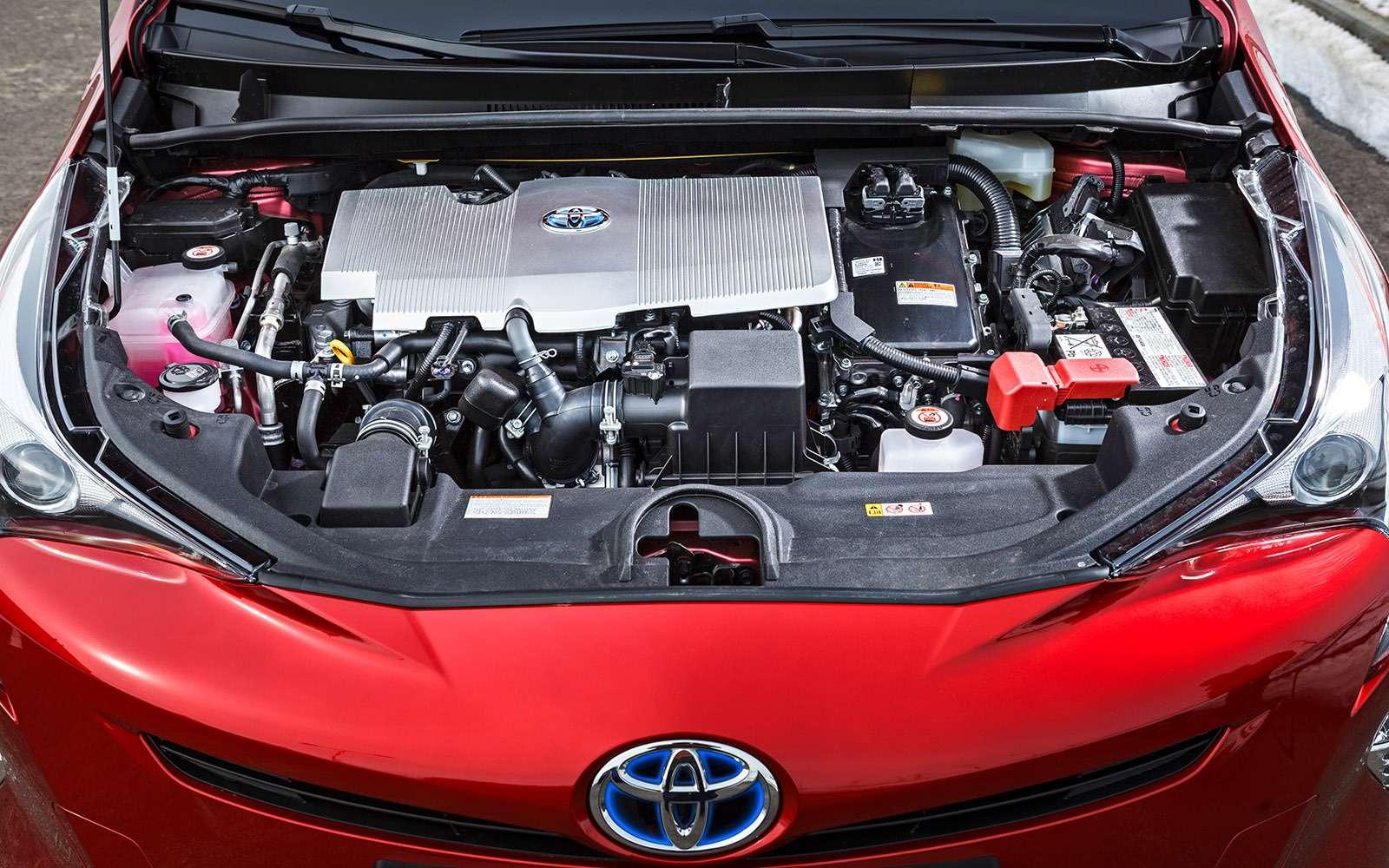 Новый Toyota Prius: сколько-сколько онстоит?!— фото 755713