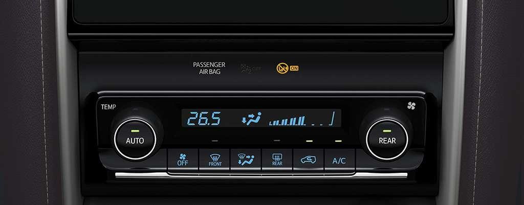 Toyota начнет продажи нового внедорожника вРоссии— фото 779069