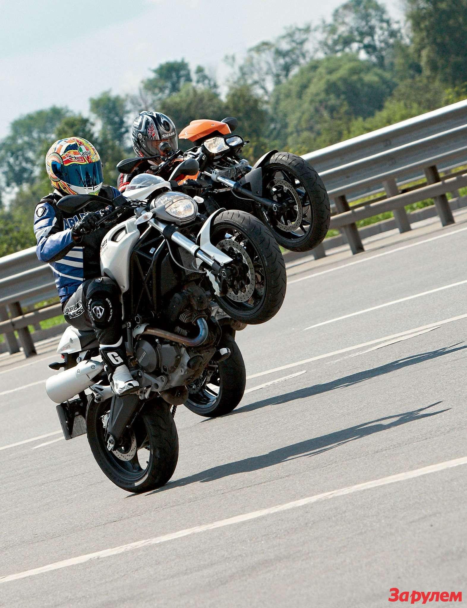 Ducati Monster 696, BMW F800R, Kawasaki ER-6f