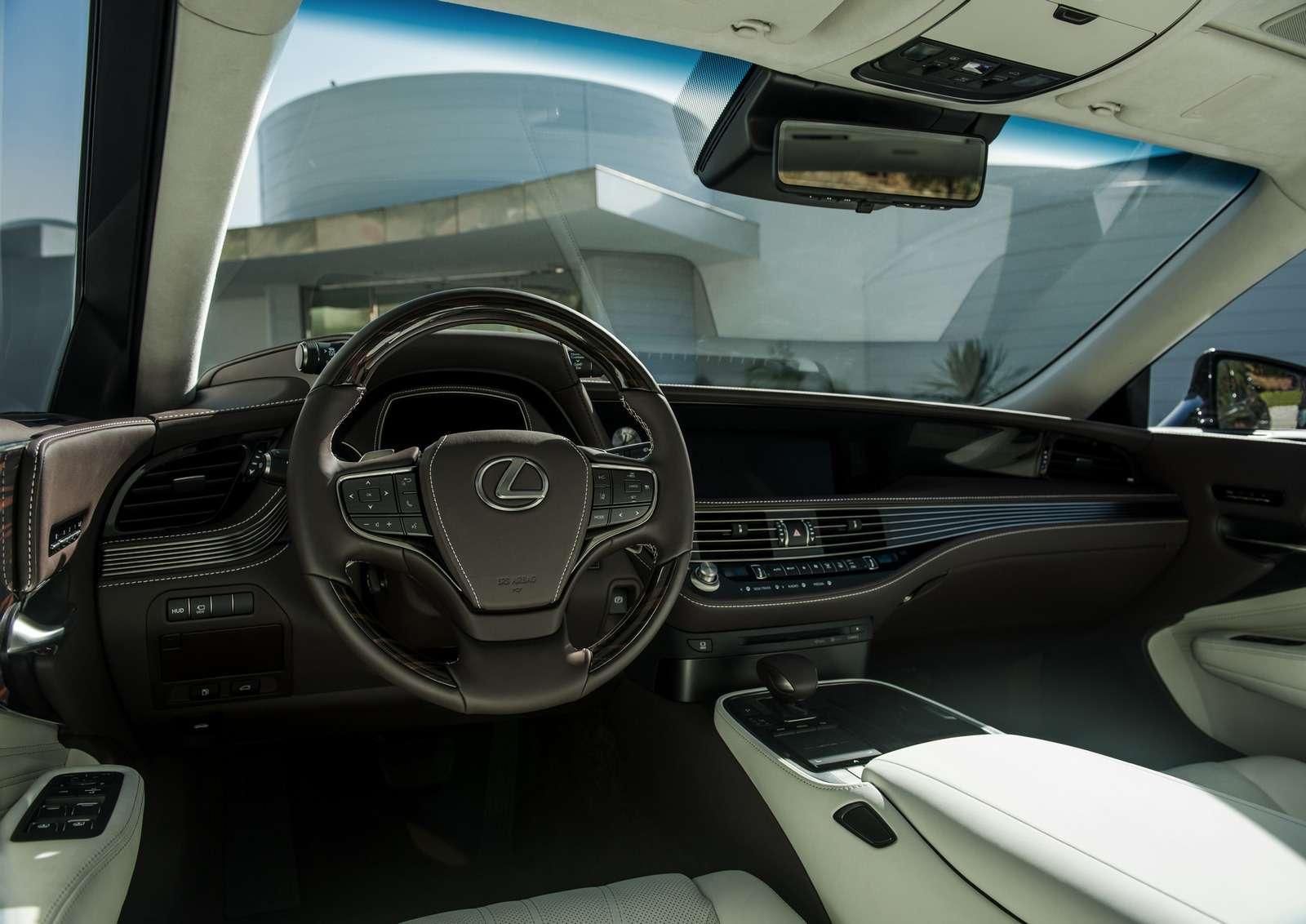 Проглотить S-класс: вДетройте дебютировал новый Lexus LS— фото 690262