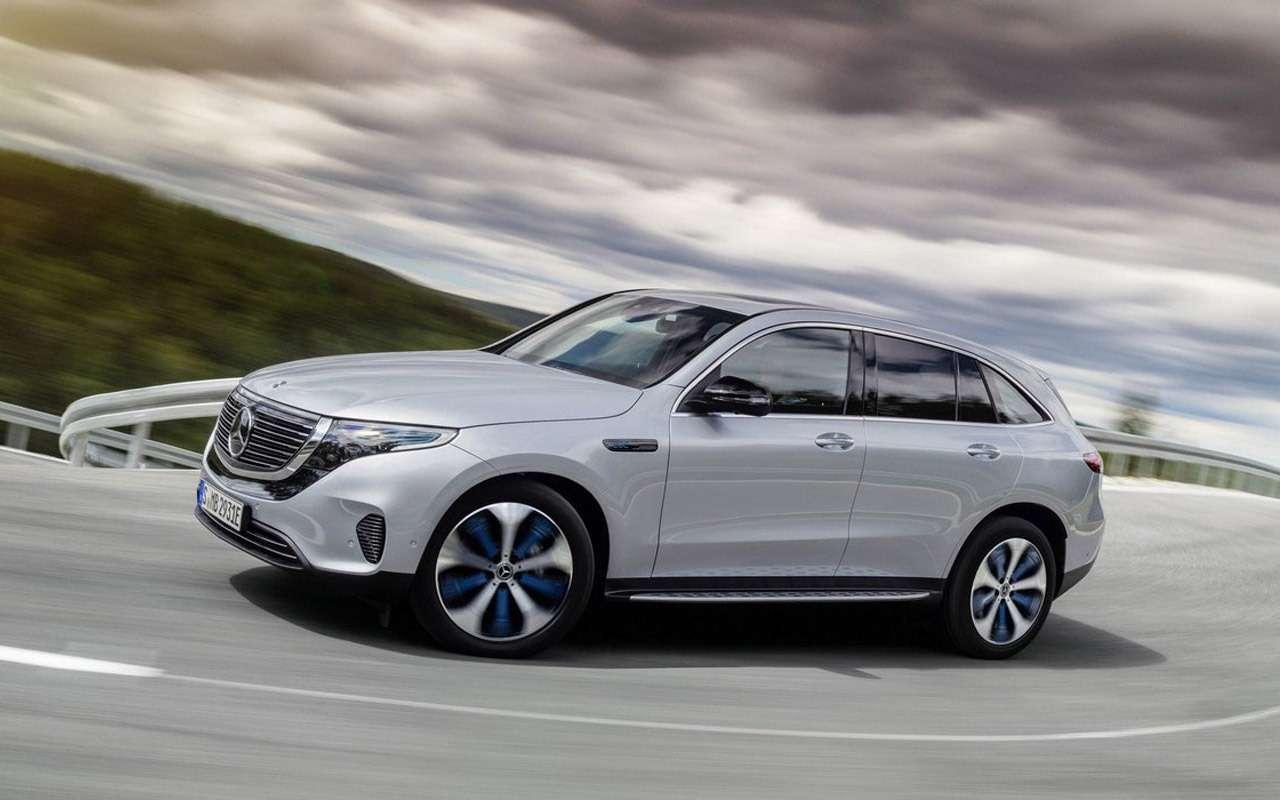 Mercedes-Benz загод представит 11новых иобновленных моделей— фото 918644