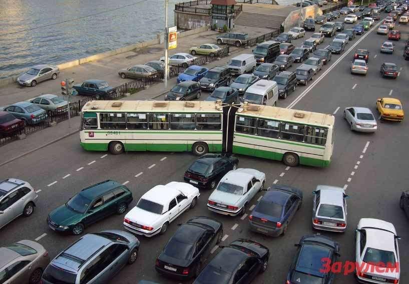 Избавление отодного светофора или железнодорожного переезда стоит недешево, ноэто немалый вклад вздоровье планеты.