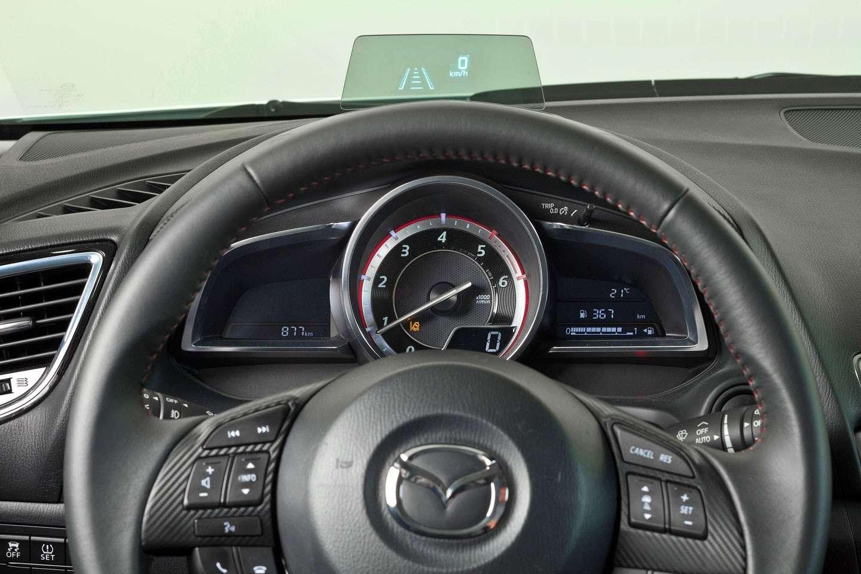 2014 Mazda3 Sedan 6[2] nocopyright (22)