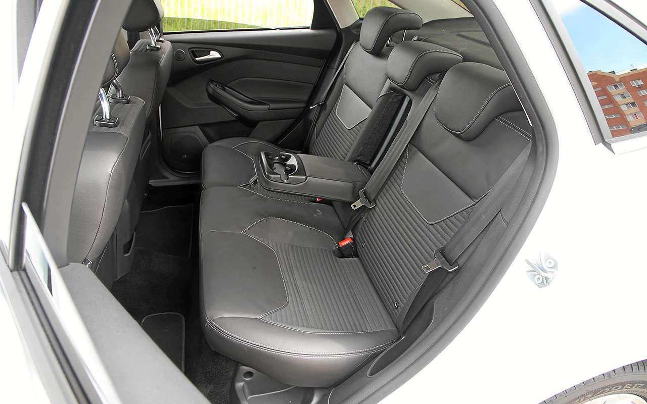 Дорогой Volkswagen Polo или дешевый Ford Focus: что выбрать?— фото 840161