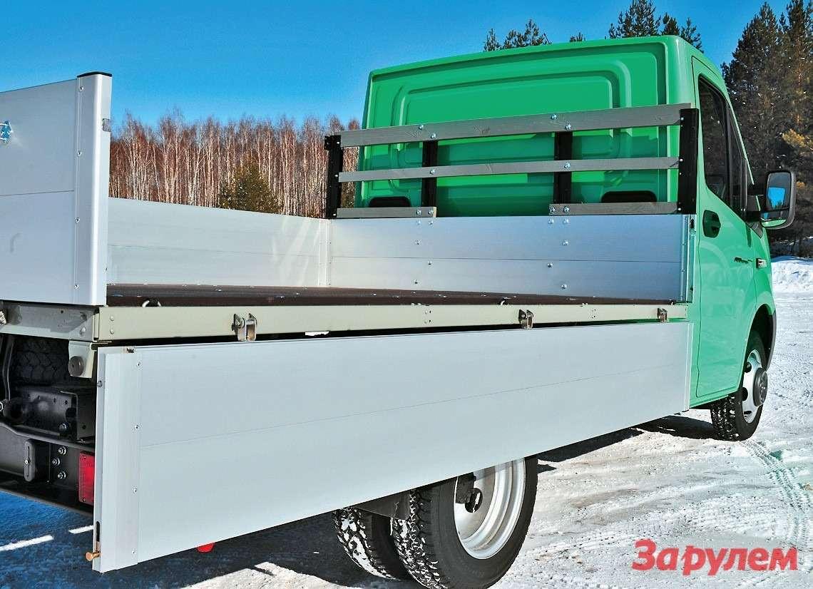 С алюминиевой бортовой платформой, более широкой  идлинной, «ГАЗель-Next» стоит 724 тысячи рублей