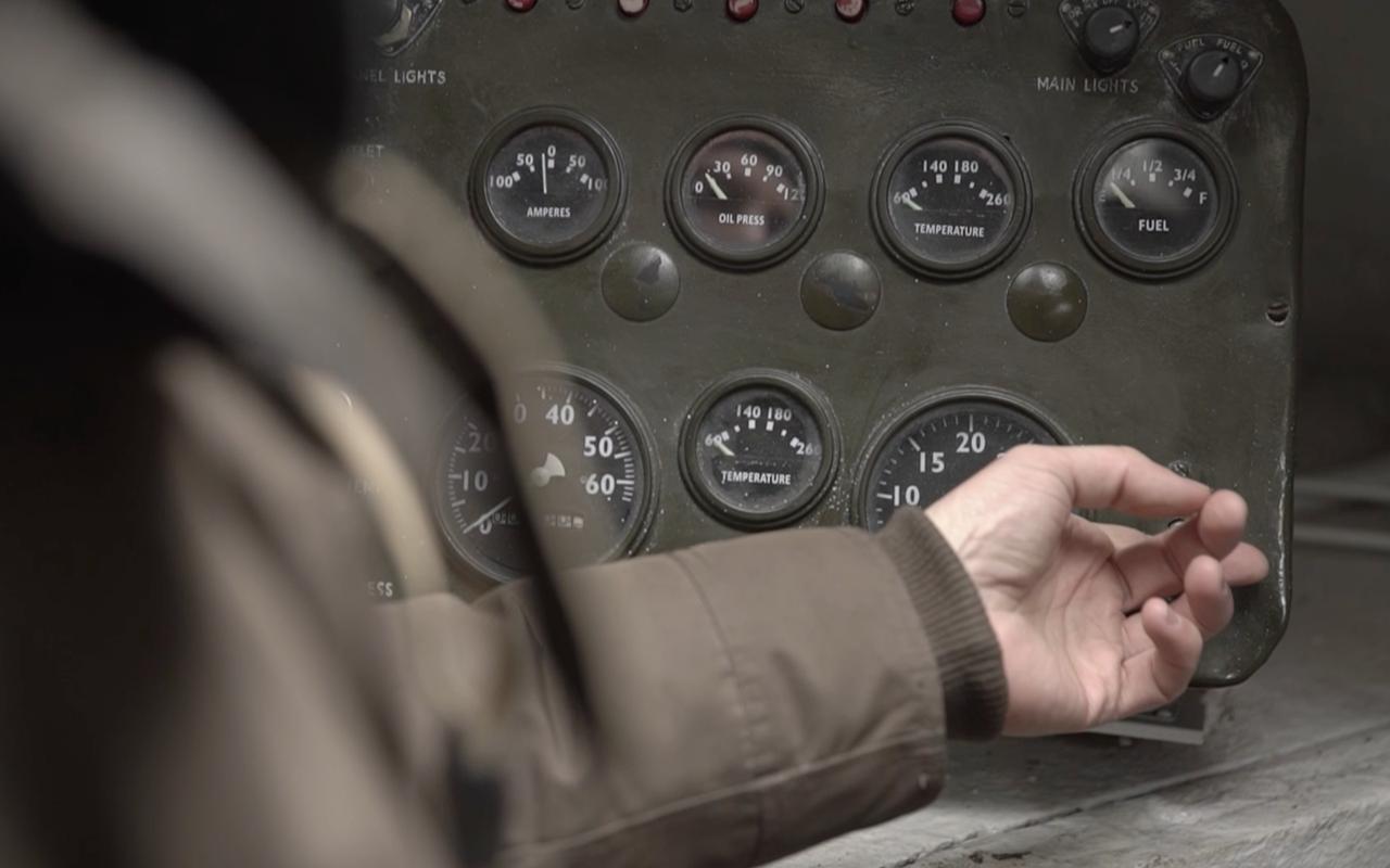 Какая комфортная иномарка: тест-драйв американского танка «Шерман»— фото 944975