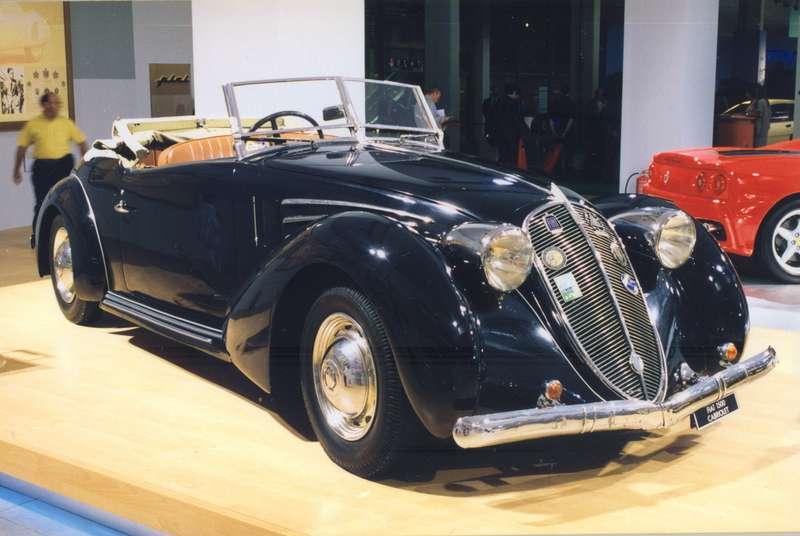 Fiat 1500 с кузовом кабриолет, в 1937 году построенный мастерской Pininfarina для Муссолини и находившийся в распоряжении сына дуче - Бруно.