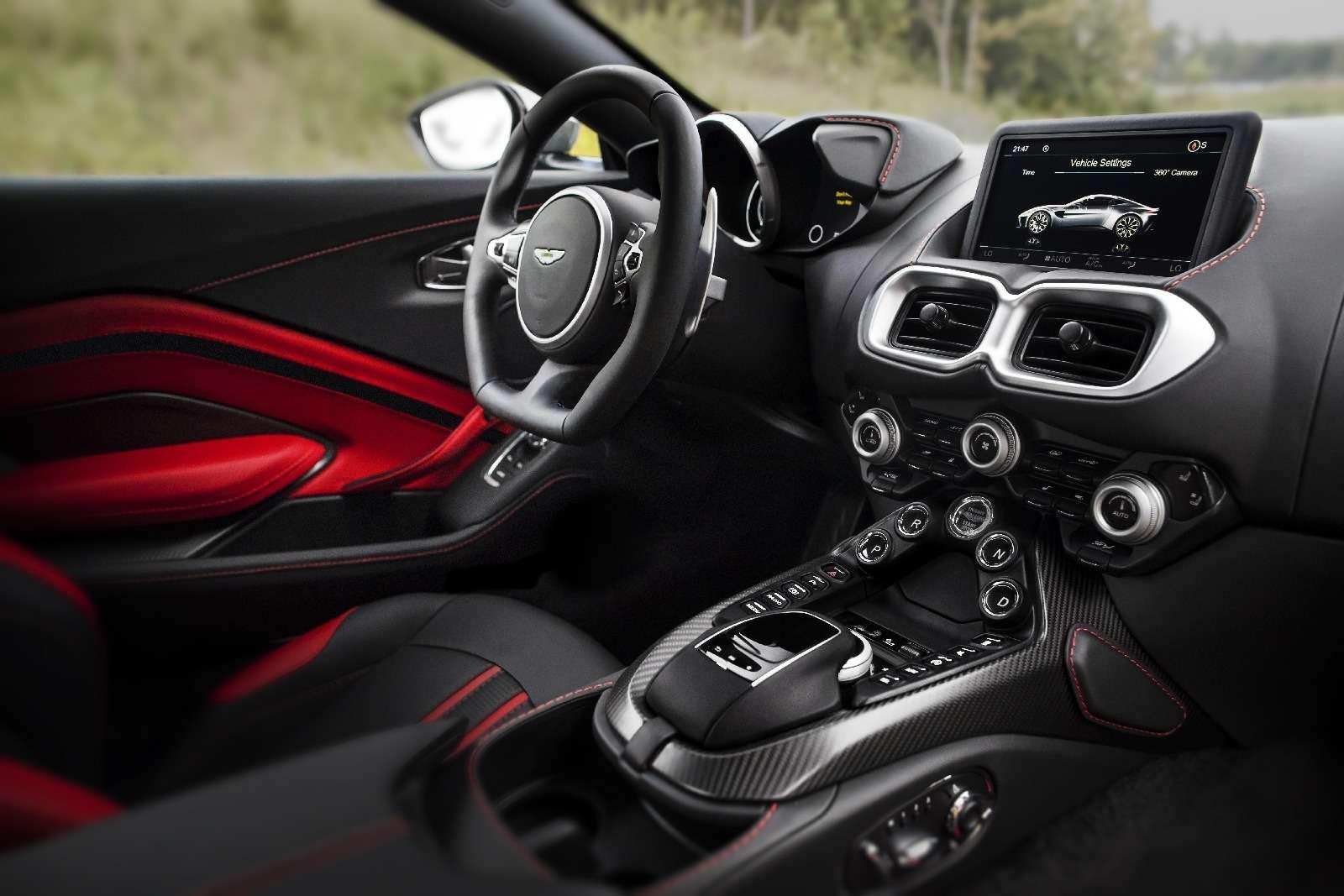 Проверено Джеймсом Бондом: представлен новый Aston Martin Vantage— фото 818869