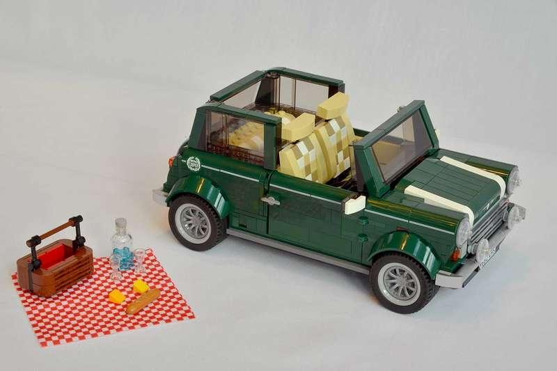 Mini Cooper теперь можно собрать вLego