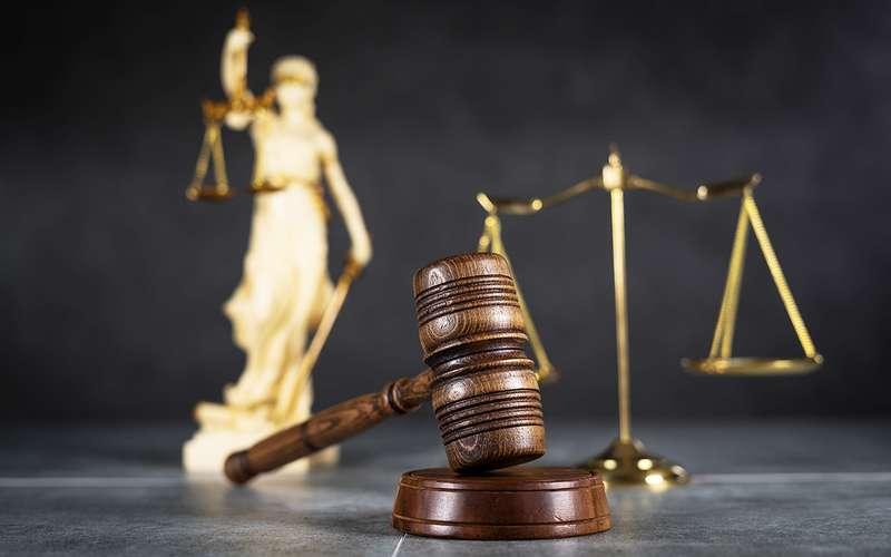 ВС: страховщик невправе самостоятельно устанавливать вину участников аварии