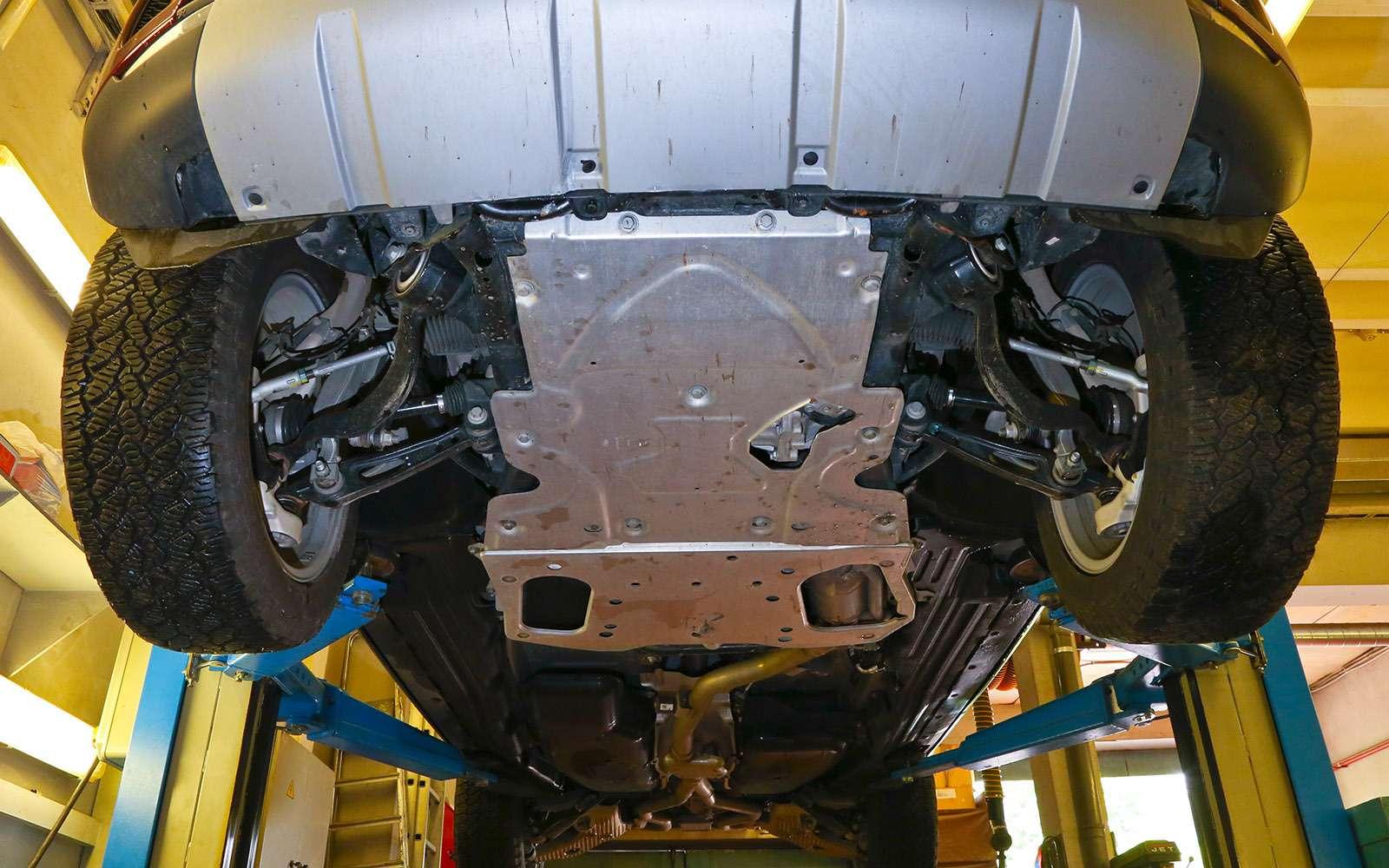 Новый Land Rover Discovery против конкурентов— тест ЗР— фото 784658