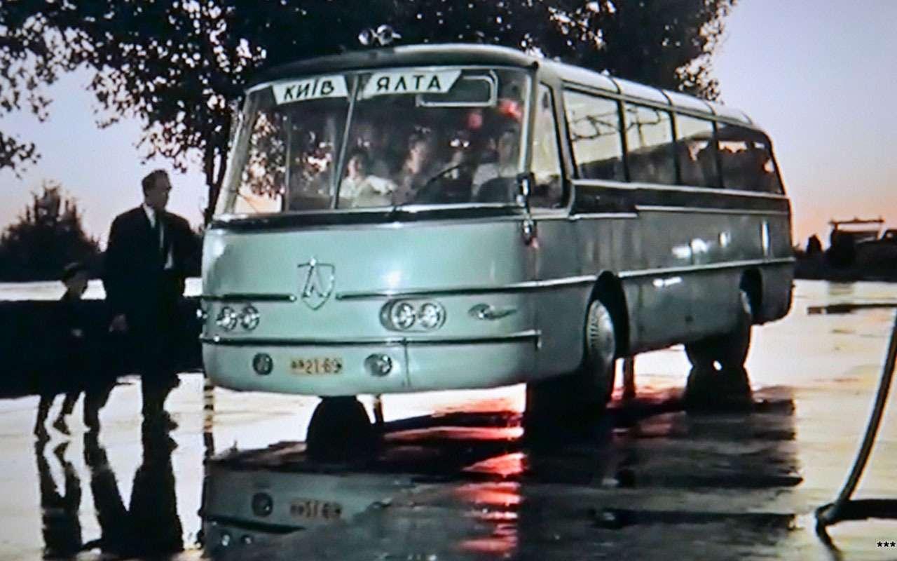 Самые необычные автомобили советских фильмов: хоть один узнаете?— фото 1115820