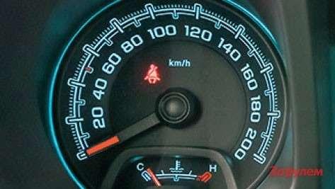 Chevrolet TrailBlazer приборы
