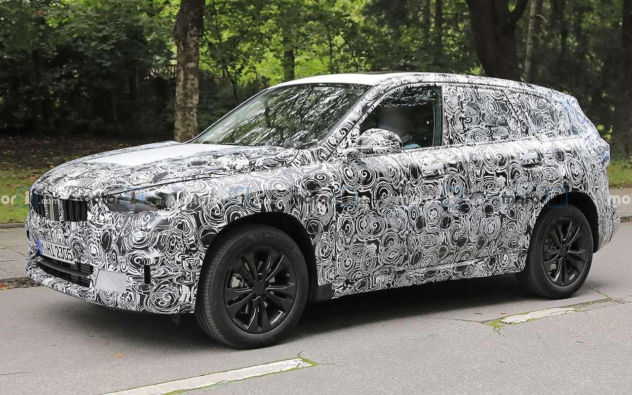 Новый BMW X1: первые шпионские фото— фото 1165563