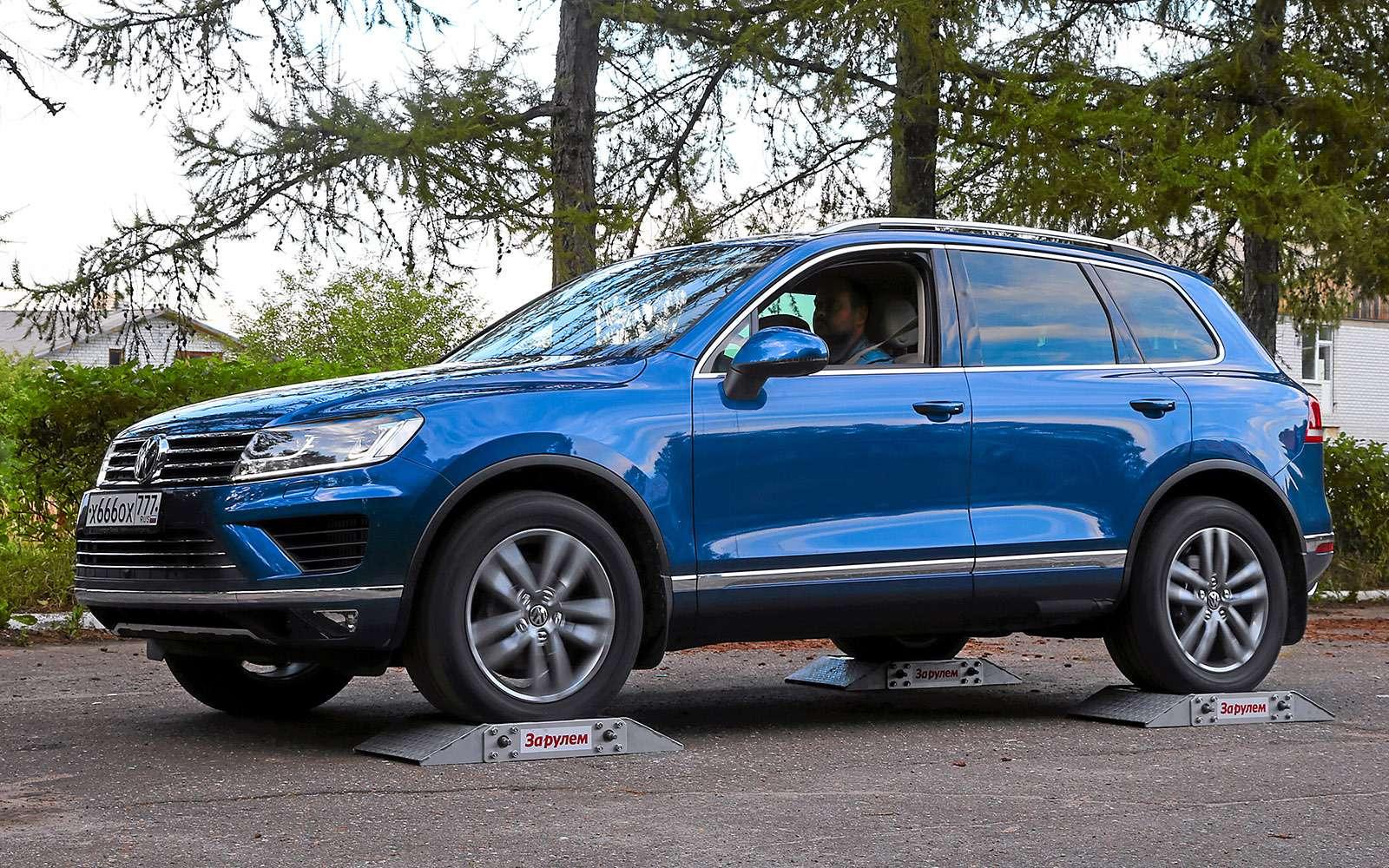 Новый Nissan Murano против конкурентов: длинные рубли— фото 691737