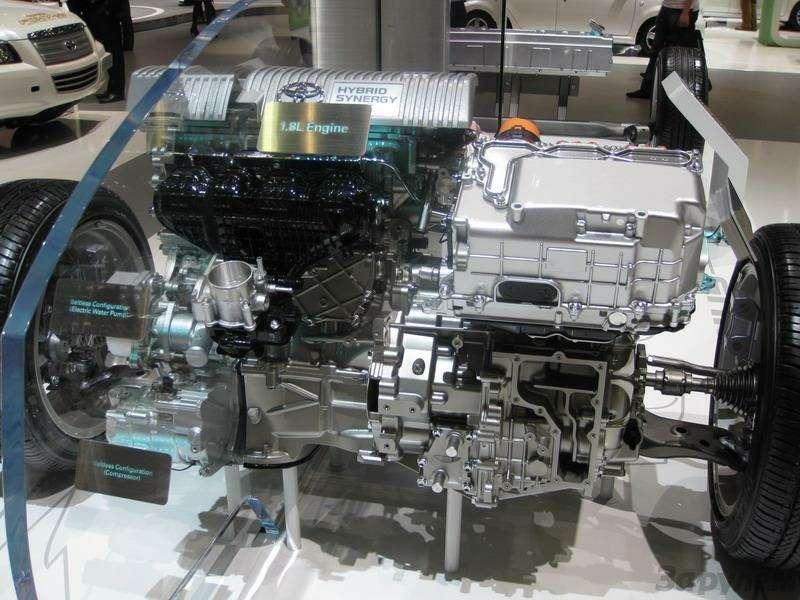 Toyota Prius III: Наголодном пайке— фото 92539