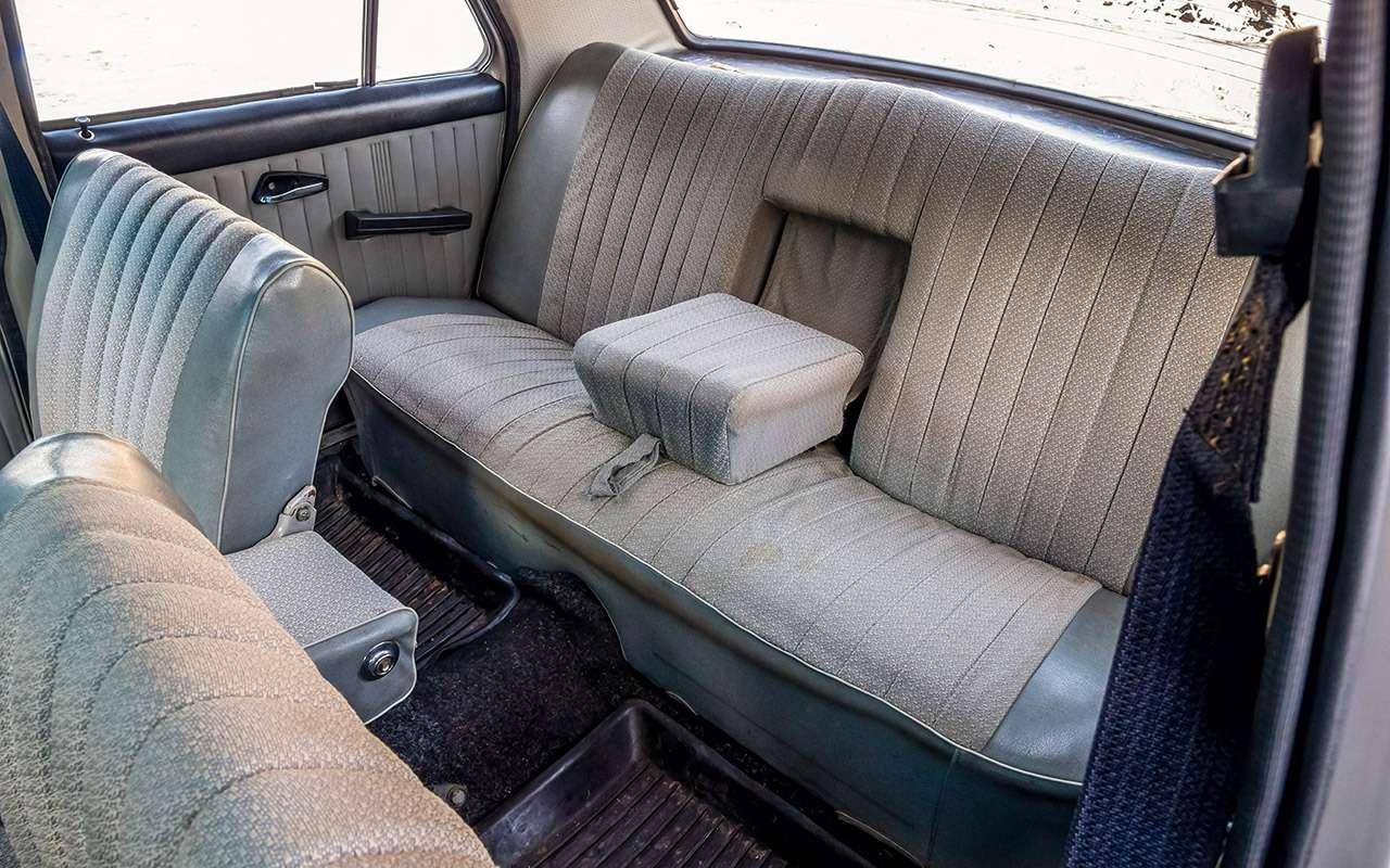 Советские автомобили против иномарок— супертест кюбилею— фото 858363