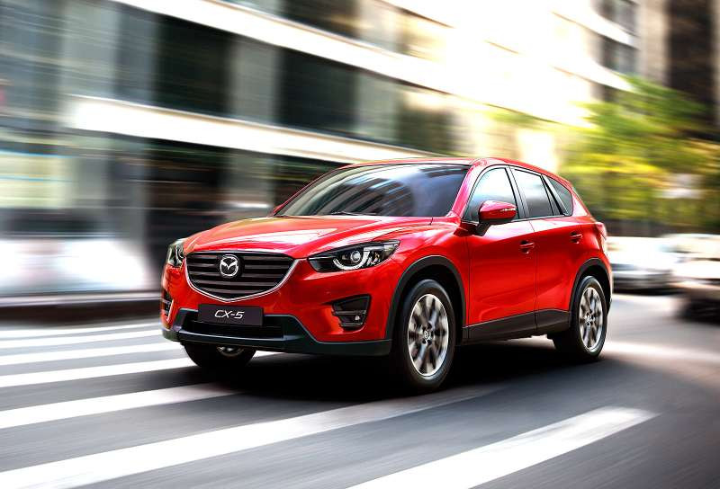 2015_CX-5_2014_LAAS_EU_Action_3__jpg300