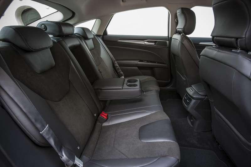 FordMondeo-5Door_44_новый размер