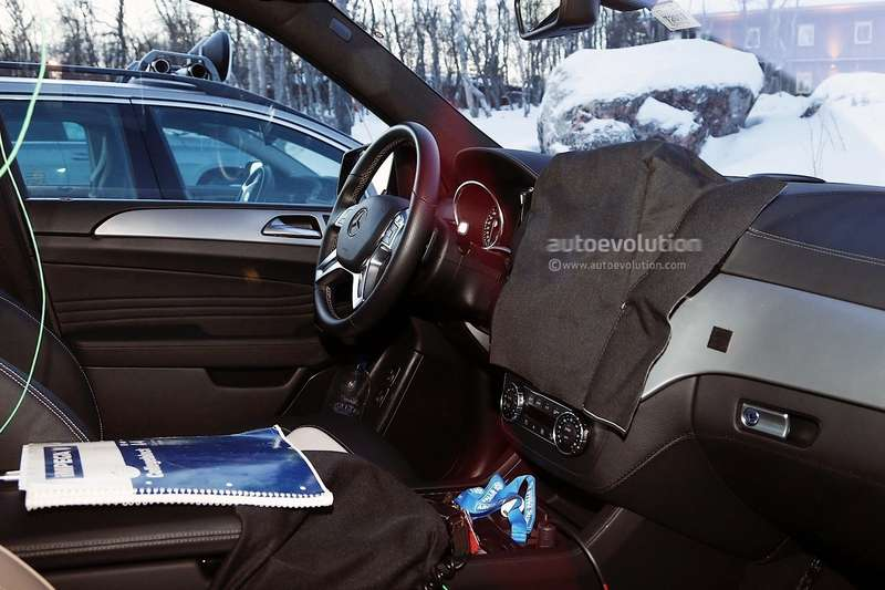 2015 mercedes benz m class facelift spied in lapland photo gallery 1080p 9 no copyright