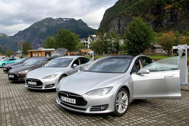 Tesla плюс Осло: как «электрифицировалась» Норвегия
