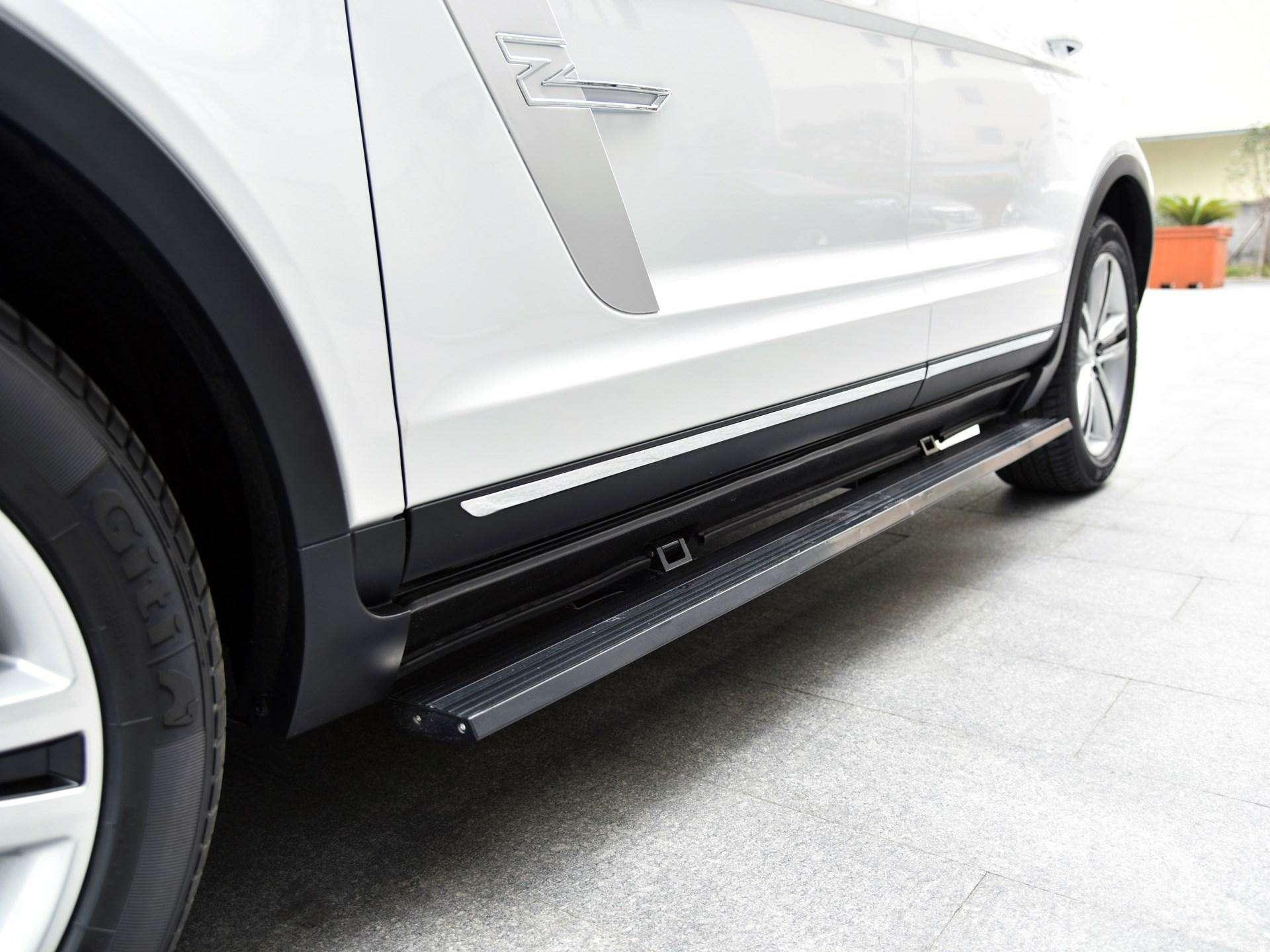 Jaguar иLand Rover водном флаконе: стартовало производство кроссовера Zotye T700— фото 727976