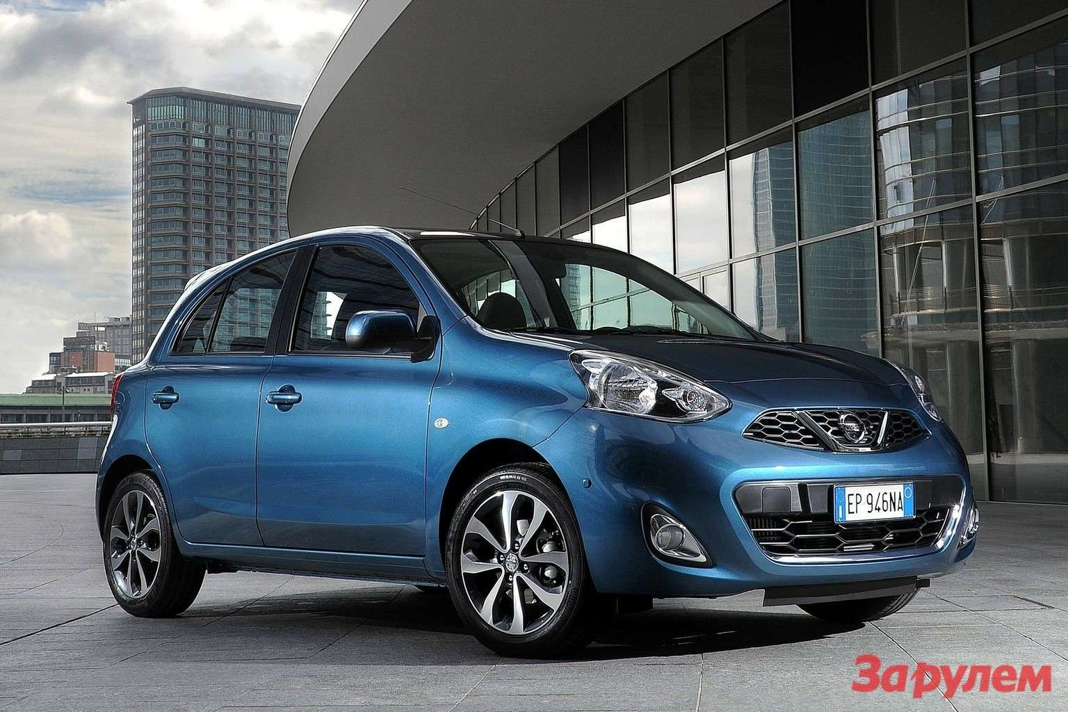 Nissan Micra 2014 1600x1200 wallpaper 02