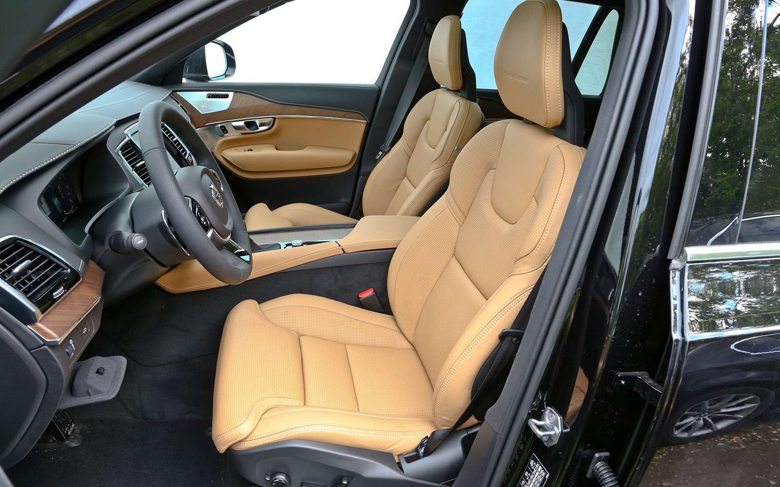 Новый Land Rover Discovery против конкурентов— тест ЗР— фото 784700