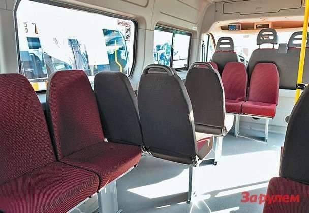 ...оно жевыпускает и22-местные (18+ 4) маршрутные такси— вних сиденья  попроще ибез ремней безопасности